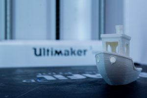מדפסת ULTIMAKER 3 ext